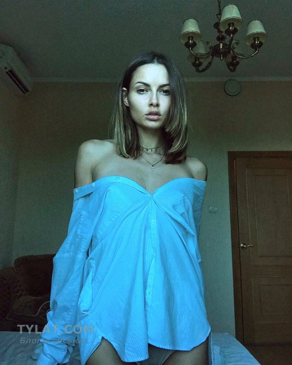 Полина Фаворская фото с короткими волосами