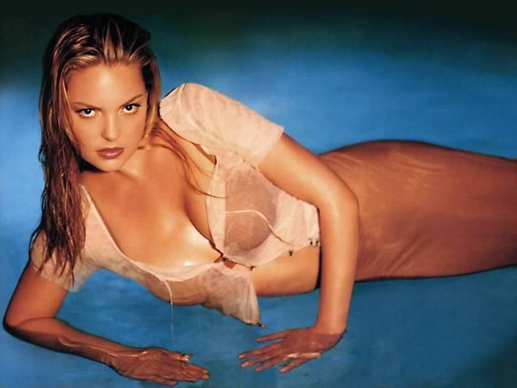 Кэтрин Хайгл фото в воде