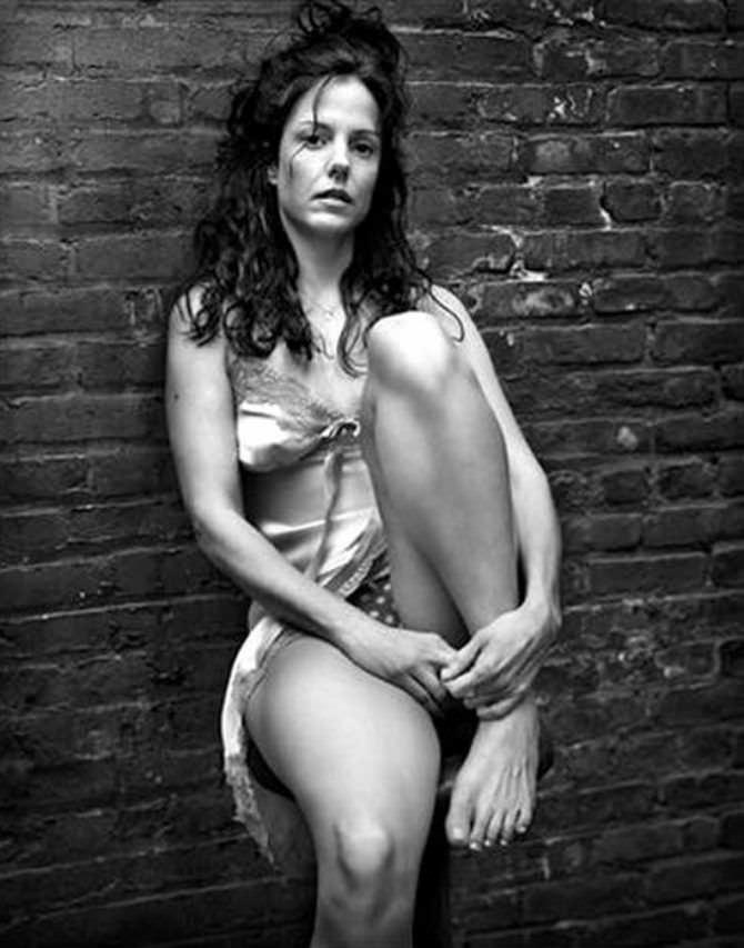 Мэри-Луиз Паркер черно-белое фото