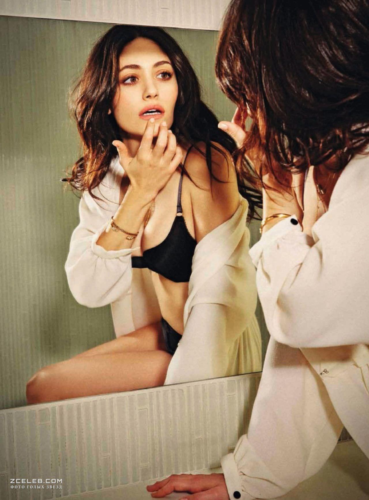 Эмми Россум фото в зеркале