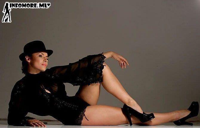 Надежда Грановская фотография в чёрных туфлях и шляпе