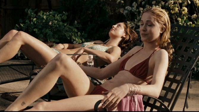 Эван Рэйчел Вуд кадр из фильма в купальнике