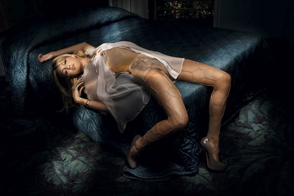 Кэтрин Кэссиди фото на кровати