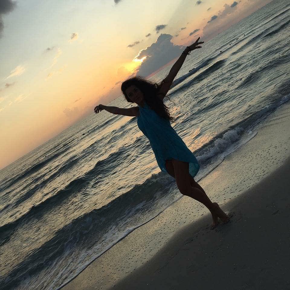 Виктория Заболотная фото на море