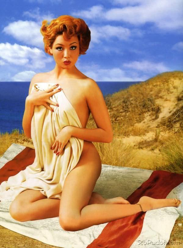 Ляйсан Утяшева фото на пляже