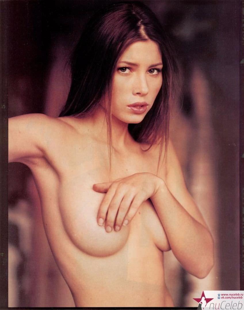 Джессика Бил фото груди
