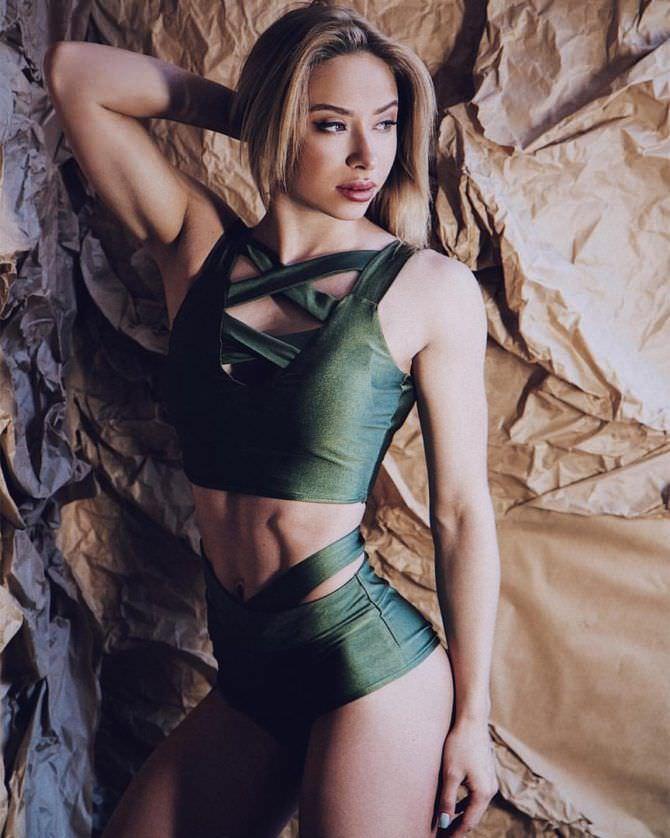 Мария Соколова фото в зеленом белье
