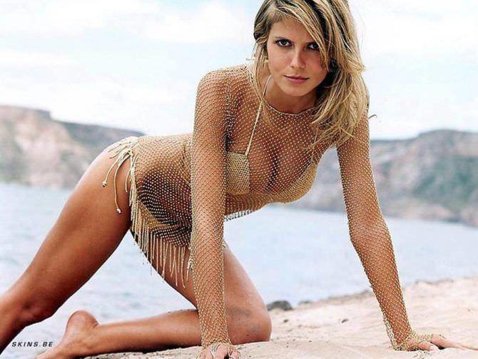 Хайди Клум фотосессия в бикини на пляже