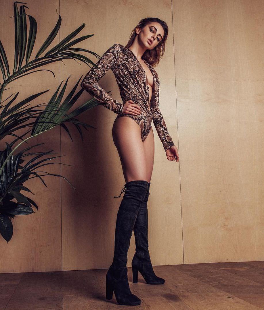 Анжелика Каширина фото в боди