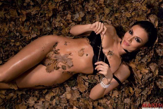 Надежда Грановская фотография в осенних листьях