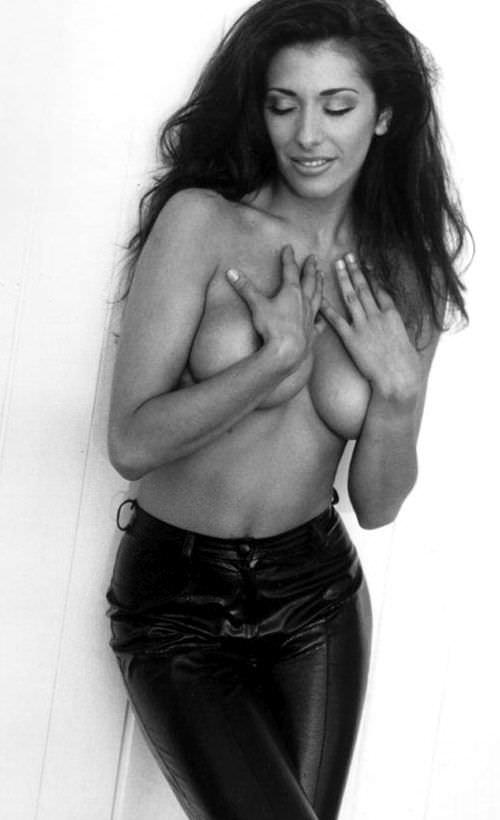 Сабрина Солерно фото в брюках