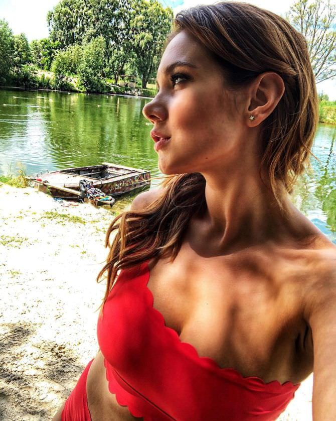 Галина Безрук фото на озере
