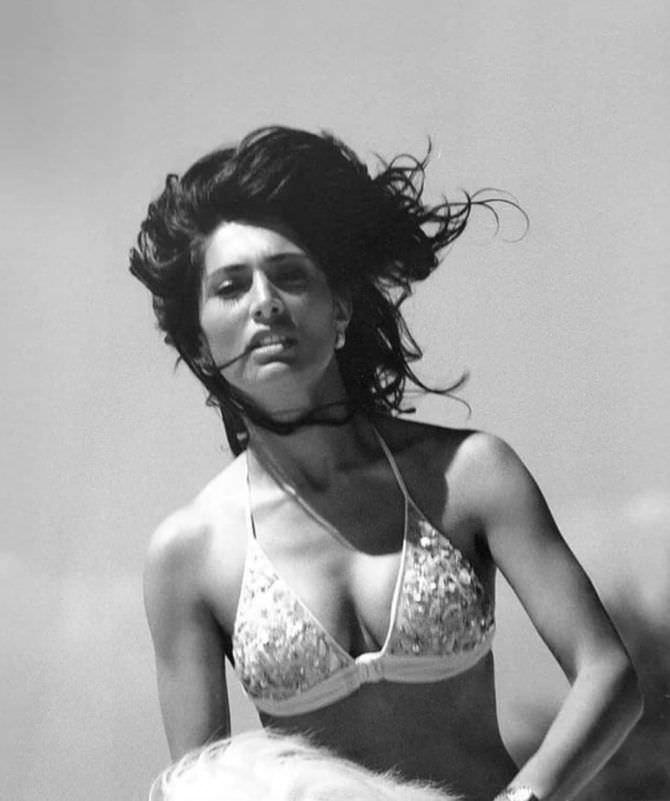 Катерина Мурино чёрно-белое фото в бикини