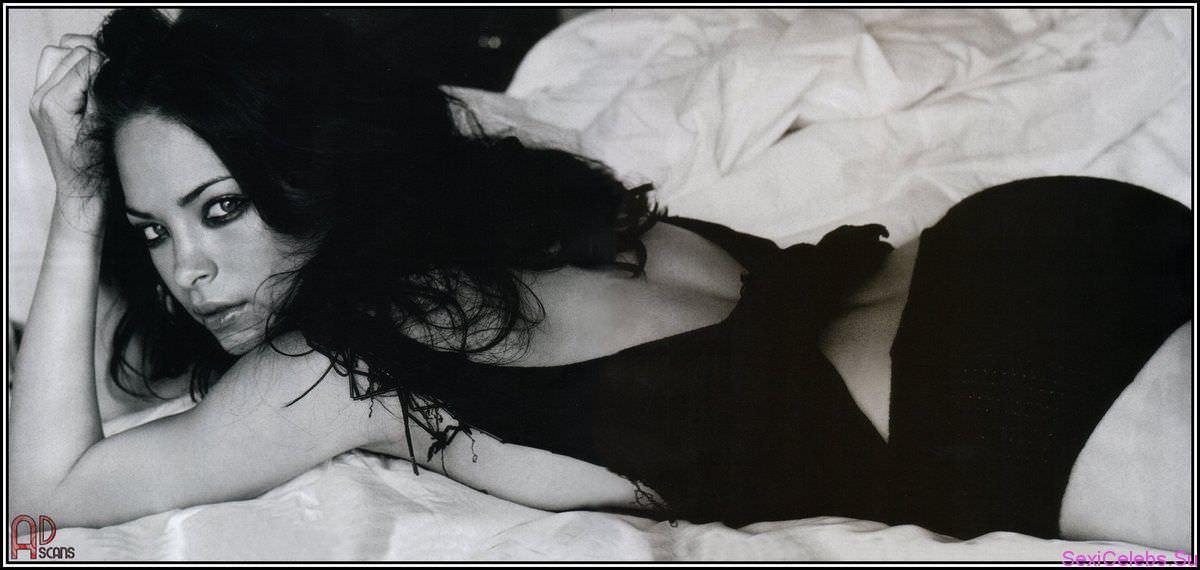 Кристин Кройк фото на кровати