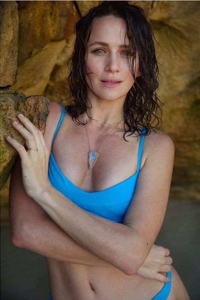 Шантель Вансантен фотография в голубом бикини