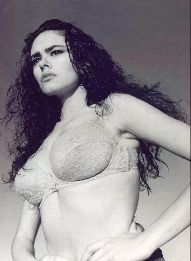 Мария Грация Кучинотта фото в молодости в нижнем белье