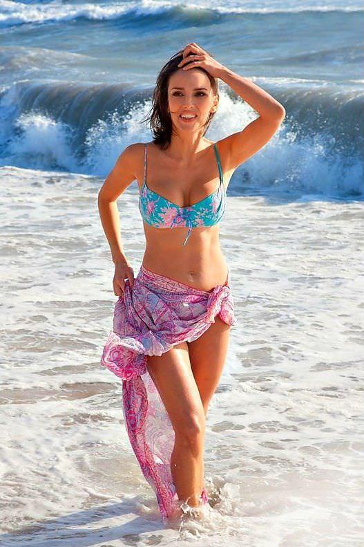 Юлия Зимина фото в воде