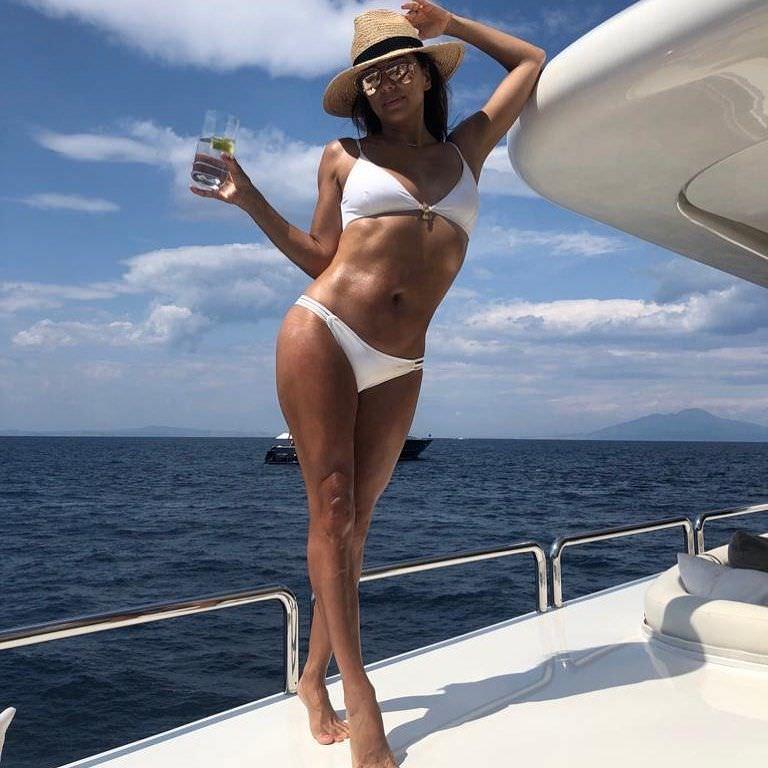 Ева Лонгория фото на яхте