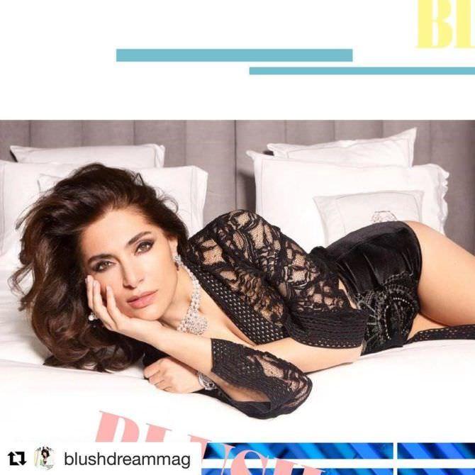 Катерина Мурино фото в кружевной блузке