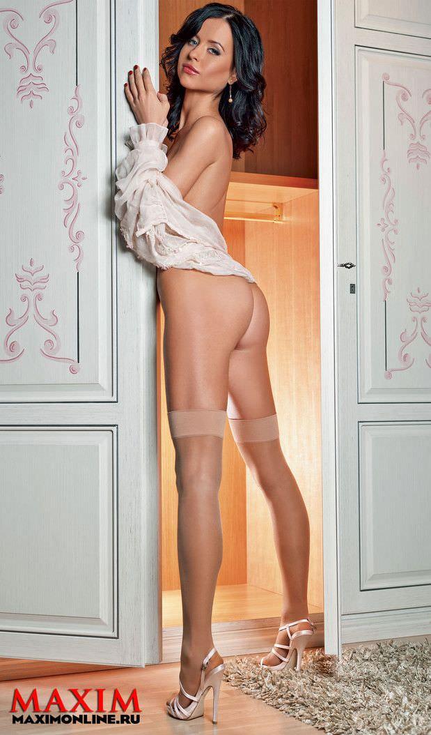 Мирослава Карпович фото у дверей