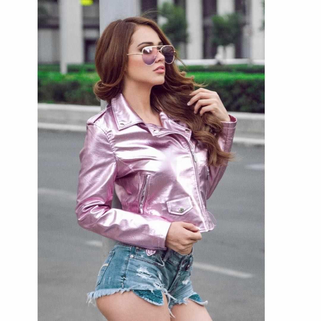 Янет Гарсия фото в коротких шортах