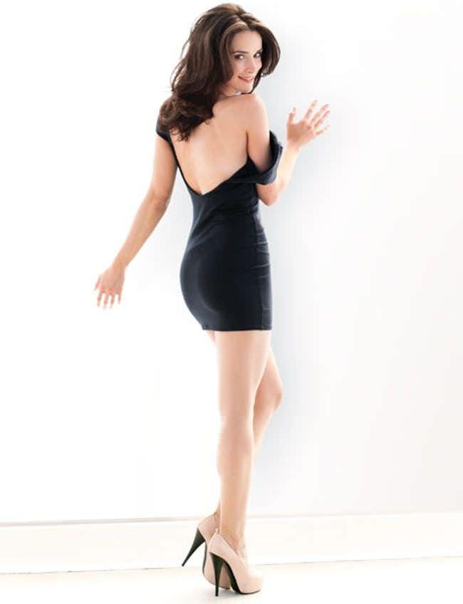 Эбигейл Спенсер фотография в чёрном платье
