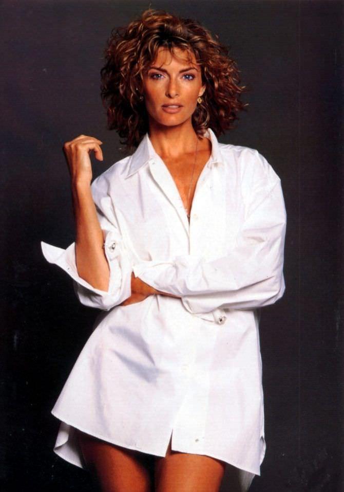 Джоан Северанс фото в рубашке