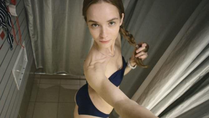 Анастасия Куимова фото в бикини из примерочной