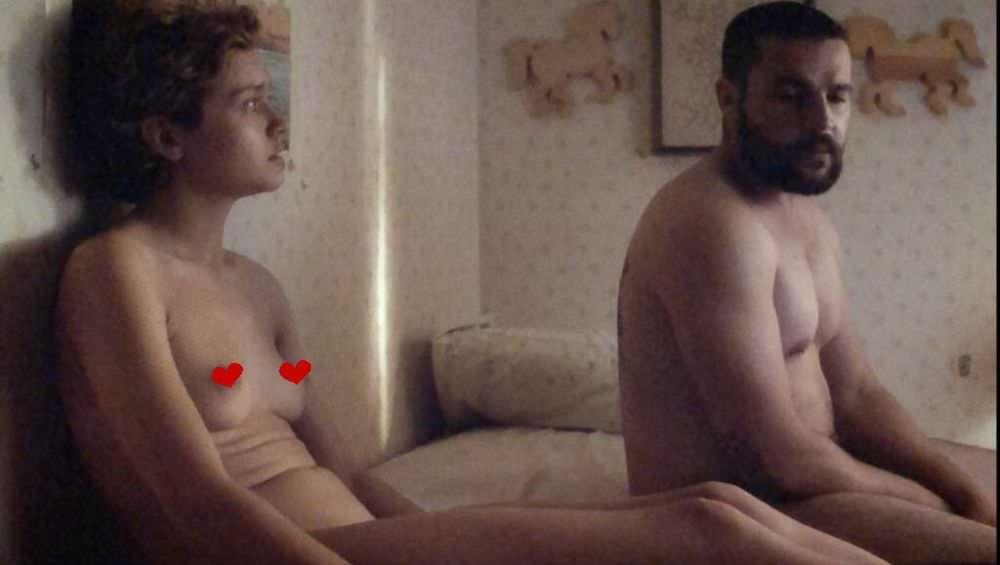 Оливия Кук фото с мужчиной