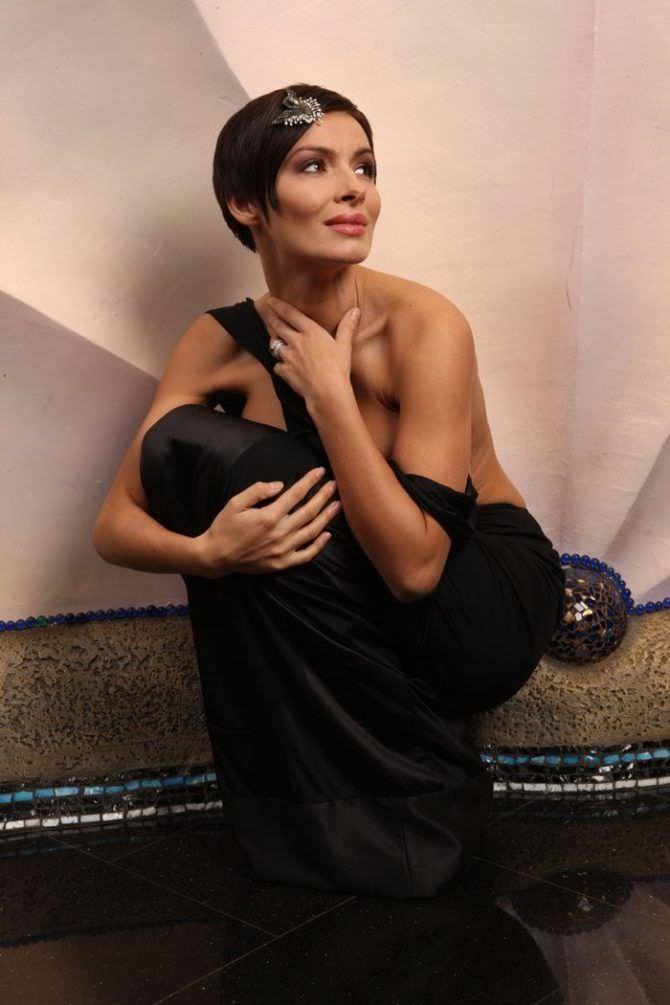 Надежда Грановская фотография в чёрном вечернем платье