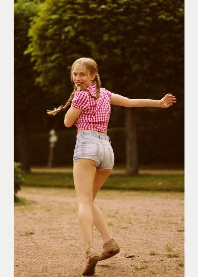 Виктория Клинкова фотография в клетчатой рубашке