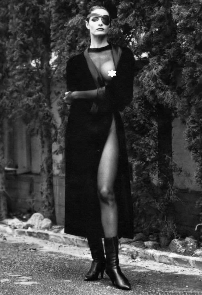 Джоан Северанс фотография в откровенном платье