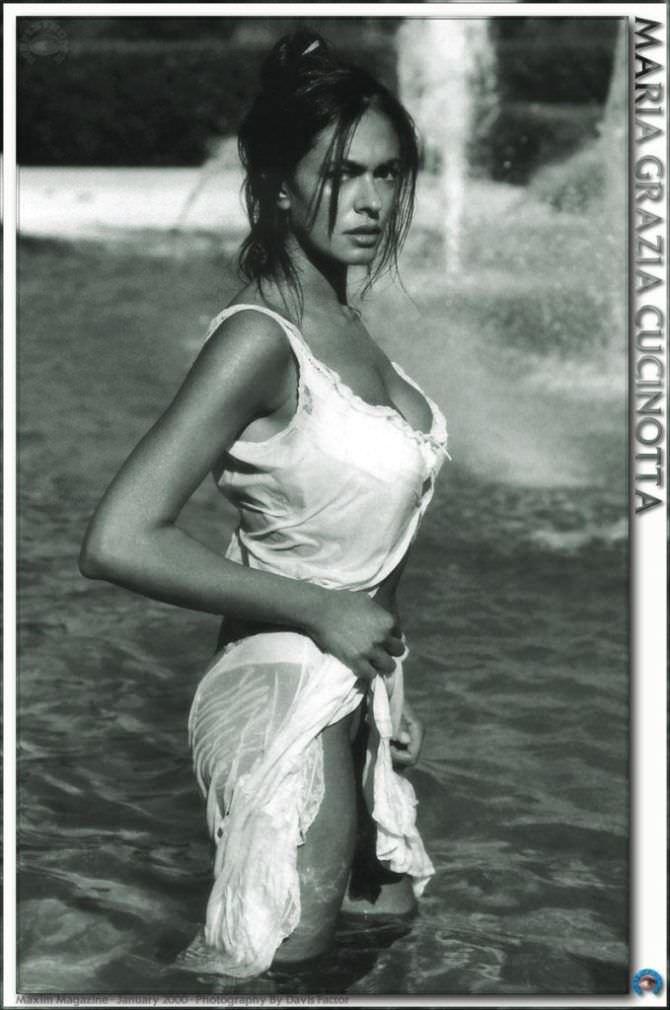 Мария Грация Кучинотта фото в мокром платье