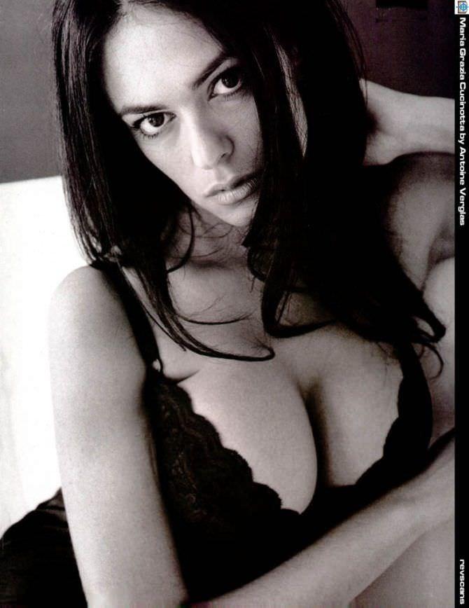 Мария Грация Кучинотта фото в чёрной сорочке
