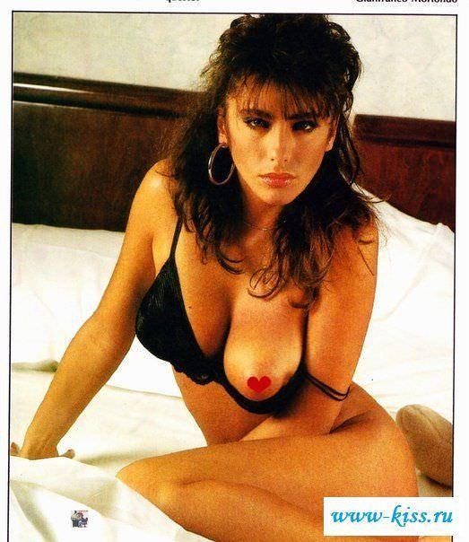 Сабрина Салерно фото в постели