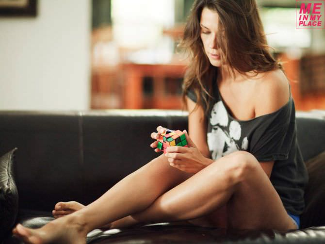 Ольга Фонда фотография с кубиком рубика