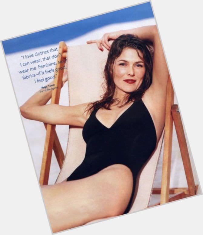 Пейдж Турко фотосесия в журнале в купальнике