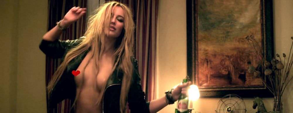 Сара Дюмон кадр из фильма