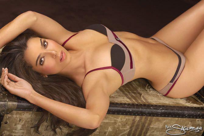 Розалин Санчес фотография в белье в журнале