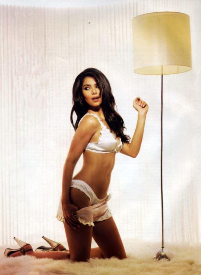 Розалин Санчес фотосессия в нижнем белье в журнале 2007