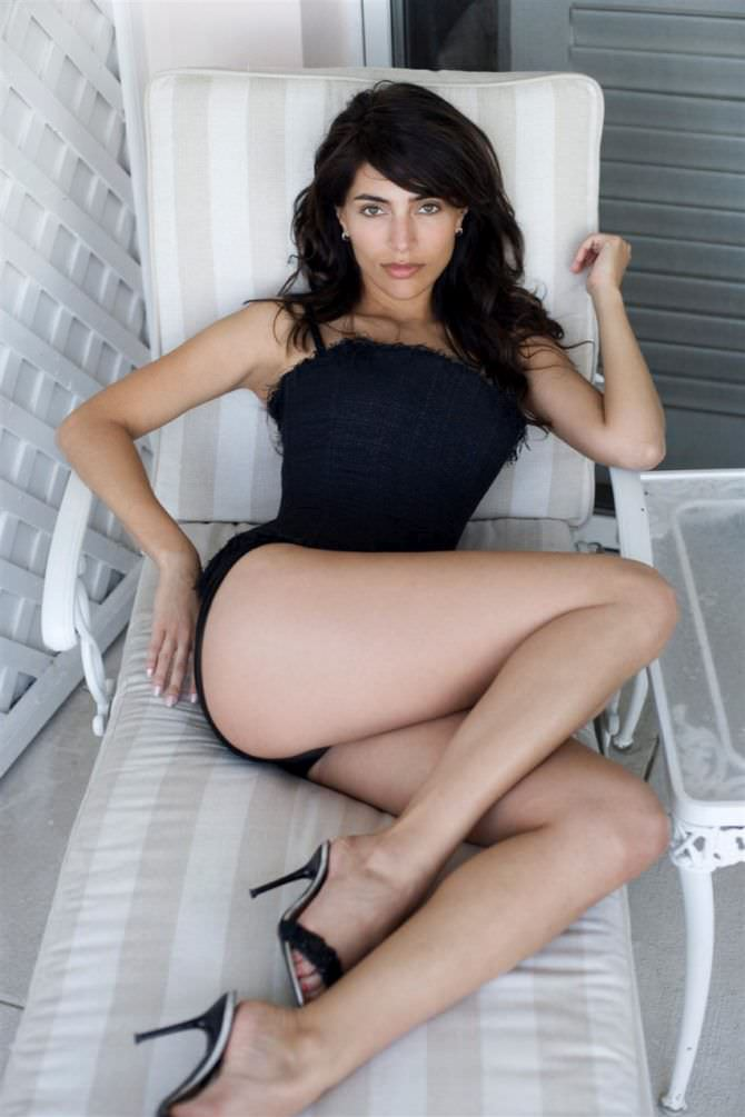 Катерина Мурино фотография на шезлонге