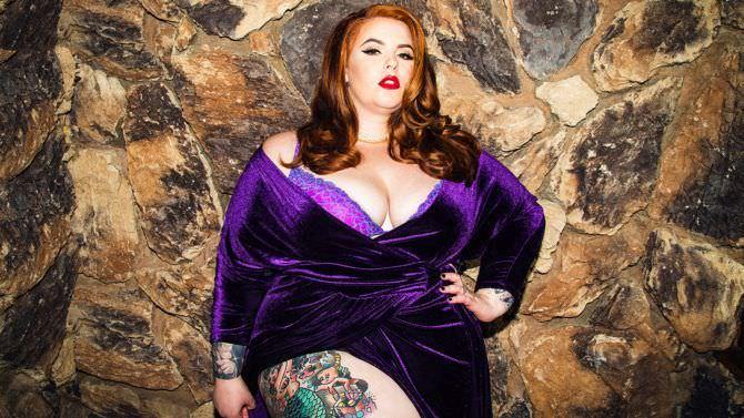 Тесс Холлидей фото в вечернем платье