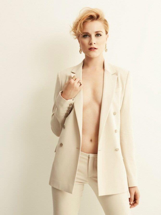 Эван Рэйчел Вуд фотосессия в белом костюме