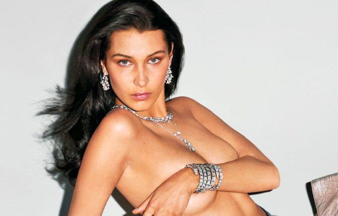 Белла Хадид фотография с красивыми украшениями