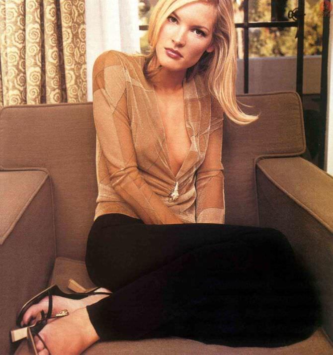 Бриджит Уилсон фотография в откровенной блузке