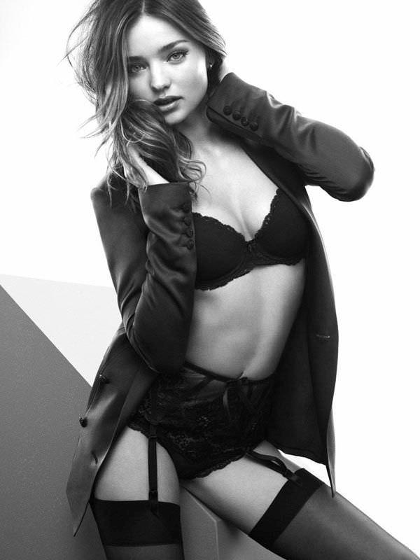 Миранда Керр фото в нижнем белье и пиджаке