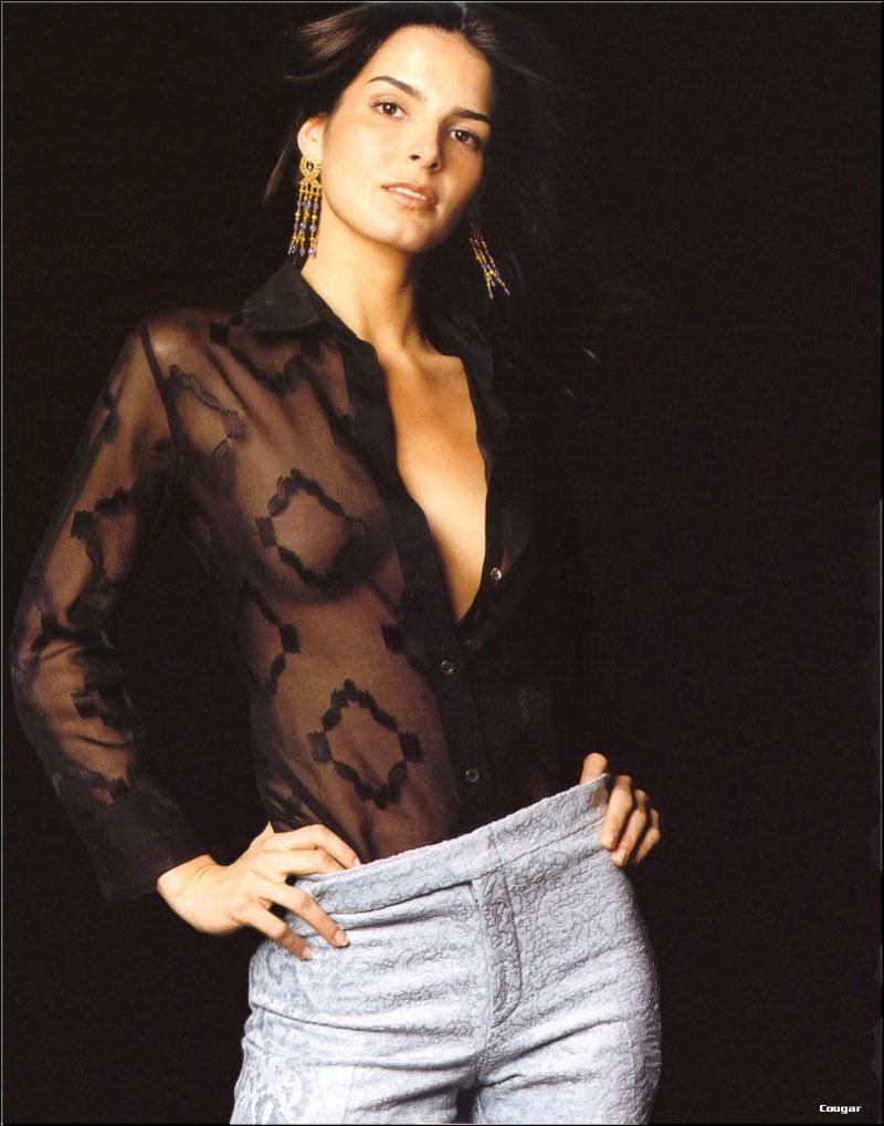 Энджи Хармон фото в джинсах