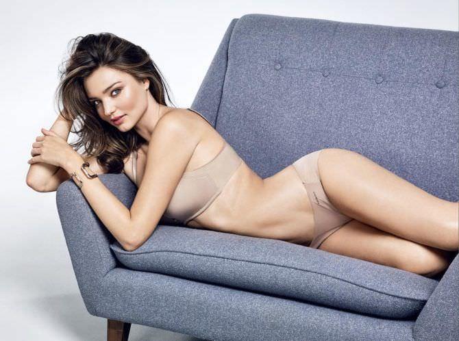 Миранда Керр фото в белье телесного цвета