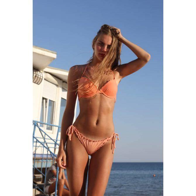 Дарья Пицик фотография в бикини в инстаграм