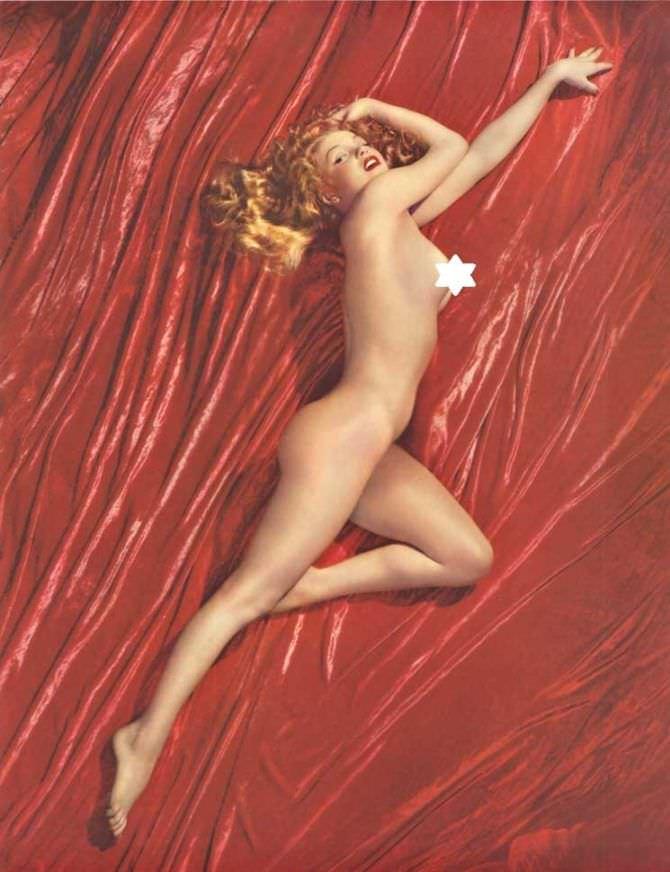 Мэрилин Монро фотография разворота из журнала 1953